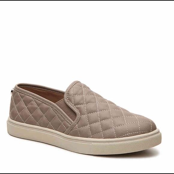 255d4acf984 Steve Madden Ecentrcq Quilted Sneaker. M 5c014d9caa5719ce2045314c